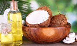 9 способов применения кокосового масла для ухода и в косметических целях